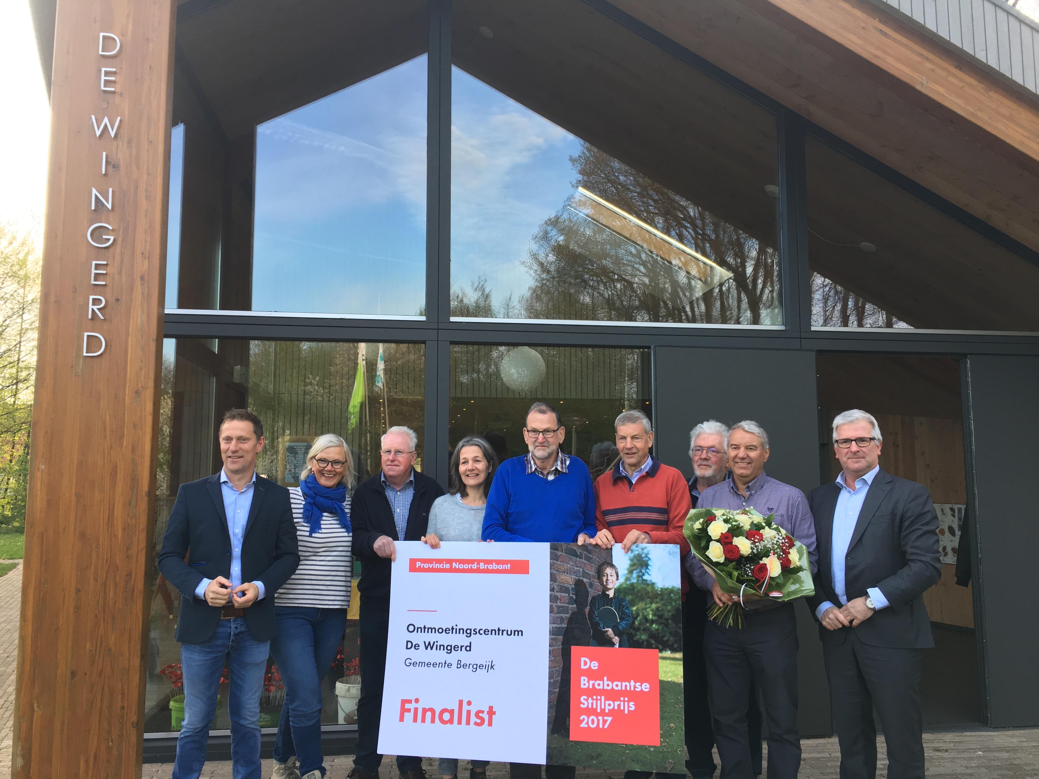 Het bestuur ontvangt de nominatie als finalst van de Brabantse Stijlprijs