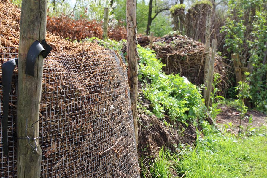 Biologische composthoek in de natuurtuin